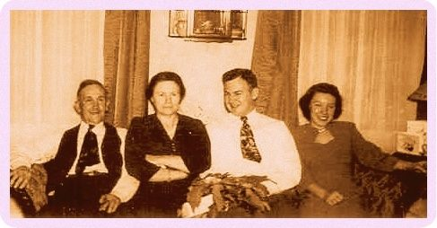 Price, Wilmer Jerome AND Alvah Elizabeth Price with sun Wilmer and wife Esteher.png
